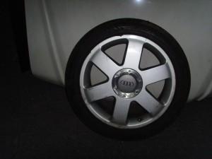 audi tt 03 225 45 17 300x225 Audi TT 1998 2006 ζαντολάστιχο