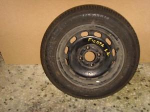 ford fiesta 02 08 zantolasticho 300x225 Ford Fiesta 2002 2008 ζαντολάστιχο
