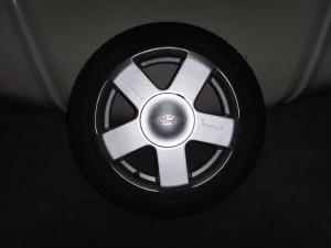 ford fiesta 04 195 50 15 300x225 Ford Fiesta 2002 2008 ζαντολάστιχο