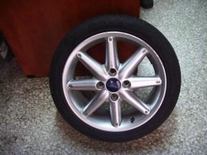 ford fiesta 10 195 50 16. 300x225 Ford Fiesta 2008 2013 ζαντολάστιχο