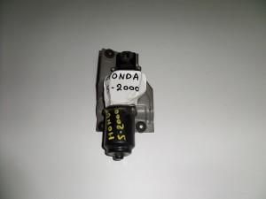 honda s200 01 moter ualokatharistiron 300x225 Honda s 2000 2000 2009 μοτέρ υαλοκαθαριστήρων