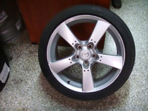 mazda rx8 225 45 18 300x225 Mazda RX8 2003 2012 ζαντολάστιχο