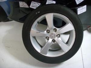 mazda3 05 205 55 16 300x225 Mazda 3 2004 2009 ζαντολάστιχο