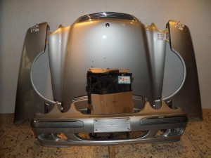 mercedes w210 1998 2001 metopi empros komple asimi 300x225 Mercedes E Class w210 1999 2002 μετώπη μούρη εμπρός κομπλέ ασημί