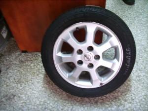 opel meriva 185 55 15 300x225 Opel Meriva 2003 2010 ζαντολάστιχο