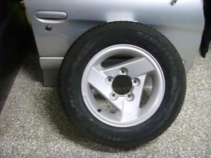 suzuki jimny 205 70 15 300x225 Suzuki Jimny 1998 2012 ζαντολάστιχο