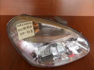 daewoo nubira 00 03 fanari empros dexi 300x225 Daewoo Nubira 1999 2002 φανάρι εμπρός δεξί