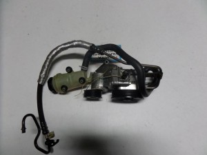ford focus 98 04 boukala idravlikou timoniou 300x225 Ford Focus 1998 2004 μπουκάλα υδραυλικού τιμονιού