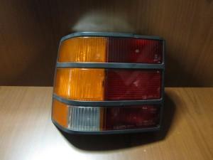 ford scorpio 83 87 piso fanari aristero 300x225 Ford Scorpio 1985 1990 πίσω φανάρι αριστερό