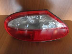 jaguar xkr carbrio 2thiro 00 08 piso fanari aristero 300x225 Jaguar XK8 XKR carbrio 1996 2002 πίσω φανάρι αριστερό