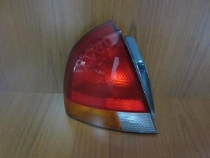 Mitsubishi Carisma 1996-2000 5θυρο πίσω φανάρι αριστερό
