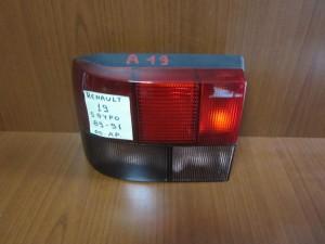 renault 19 5thiro 89 91 piso fanari aristero 300x225 Renault 19 5θυρο 1988 1992 πίσω φανάρι αριστερό