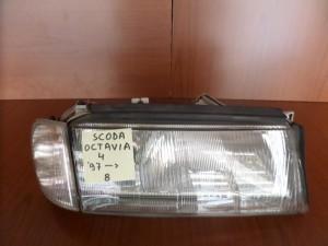 skoda octavia 4 97 fanari empros dexi 300x225 Skoda Octavia 4 1997 2000 φανάρι εμπρός δεξί
