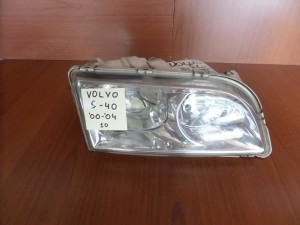 volvo s40 00 04 fanari empros dexi 300x225 Volvo S40/V40 2000 2004 φανάρι εμπρός δεξί