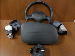 daihatsu terios 97 06 airbag volan 300x225 Daihatsu Terios 1997 2005 set airbag