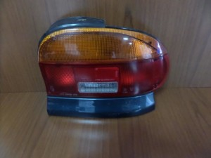Mazda 121 1991-1998 πίσω φανάρι δεξί