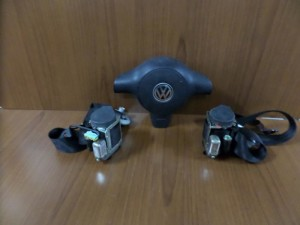 vw polo 99 01 airbag 300x225 VW polo 1999 2002 airbag