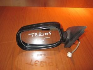 daihatsu terios 06 ilektrikos kathreptis aristeros avafos 3 kalodia 300x225 Daihatsu Terios 2006 2017 ηλεκτρικός καθρέπτης αριστερός άβαφος (3 καλώδια)