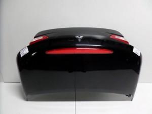 mitsubishi colt 05 cabrio port bagkaz mavro 300x225 Mitsubishi Colt 2006 2012 Cabrio πορτ μπαγκάζ μαύρο