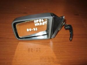 opel kadett e 85 90 michanikos kathreptis aristeros avafos 300x225 Opel Kadett E 1985 1991 μηχανικός καθρέπτης αριστερός άβαφος