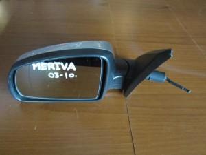 opel meriva 03 10 michanikos kathreptis aristeros asimi 300x225 Opel Meriva 2003 2010 μηχανικός καθρέπτης αριστερός ασημί