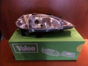 renault megane 99 02 valeo gnisio kenourgio fanari empros dexi 300x225 Renault Megane 1999 2002 Valeo γνήσιο καινούργιο φανάρι εμπρός δεξί