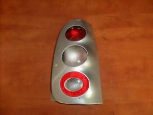 smart 600 450 98 02 piso fanari dexi asimi plesio aspro flas 300x225 Smart 600 (450) 1998 2002 πίσω φανάρι δεξί (ασημί πλαίσιο άσπρο φλάς)