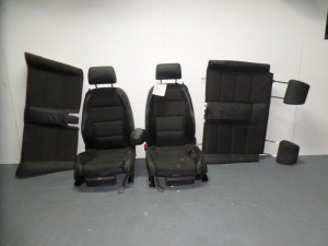 audi a4 05 08 cabrio set kathismata empros piso mavro dermatina 4 tapetsaries 300x225 Audi A4 2001 2008 cabrio σέτ καθίσματα εμπρός πίσω μαύρο (δερμάτινα 4 ταπετσαρίες)
