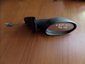 lancia y 96 03 michanikos kathreptis dexios avafos 300x225 Lancia Y 1996 2003 μηχανικός καθρέπτης δεξιός άβαφος