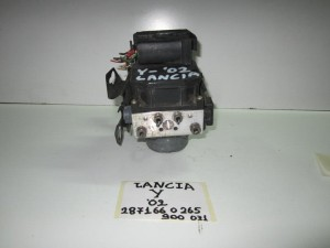 lancia y 96 03 monada abs bosch 300x225 Lancia Y 1996 2003 μονάδα ABS bosch
