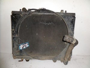 mitsubishi l200 99 01 2 5cc turbo venzini psigio nerou 300x225 Mitsubishi L200 1999 2006 2.5cc turbo βενζίνη ψυγείο νερού