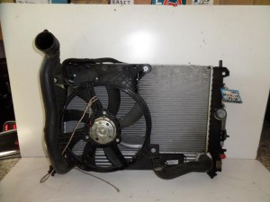opel meriva 03 10 diesel 1 7cc psigio komple nerou air condition ventilater intercooler1 300x225 Opel Meriva 2003 2010 diesel 1.7cc ψυγείο κομπλέ (νερού air condition βεντιλατέρ intercooler)