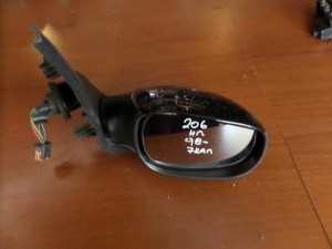 peugeot 206 98 ilektrikos kathreptis dexios mavros 7 kalodia kafe fis 300x225 Peugeot 206 1998 2009 ηλεκτρικός καθρέπτης δεξιός μαύρος (7 καλώδια καφέ φίς)