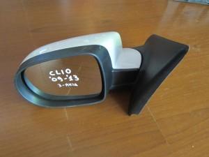 renault clio 09 13 ilektrikos kathreptis aristeros lefkos 3 akides 300x225 Renault Clio 2009 2013 ηλεκτρικός καθρέπτης αριστερός λευκός (3 ακίδες)