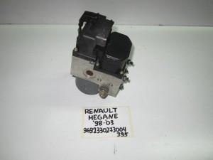 renault megane 98 03 monada abs bosch 300x225 Renault Megane 1999 2003 μονάδα ABS bosch