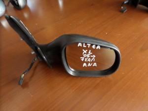 seat altea xl 05 ilektrikos anaklinomenos kathreptis dexios anthraki 7 kalodia 300x225 Seat Altea XL 2005 2015 ηλεκτρικός ανακλινόμενος καθρέπτης δεξιός ανθρακί (7 καλώδια)