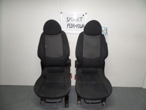 smart forfour kathisma me airbag empros aristero dexi mavra me gkri skouro 300x225 Smart Forfour 2004 2014 κάθισμα με airbag εμπρός αριστερό δεξί μαύρα με γκρί σκούρο