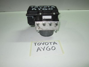 toyota aygo 06 monada abs bosch kodikos aney 300x225 Toyota aygo 2006 2014 μονάδα ABS bosch (κωδικός: ANEY)