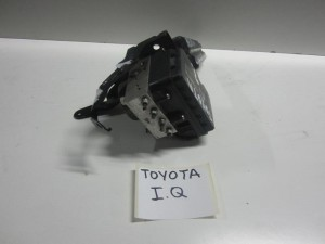 toyota iq 09 monada abs 300x225 Toyota IQ 09 μονάδα ABS