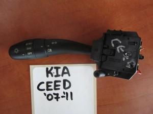 kia ceed 07 11 diakoptis foton flas 300x225 Kia Ceed 2006 2013 διακόπτης φώτων φλάς