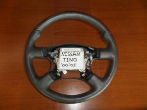 nissan almera tino 00 05 volan 300x225 Nissan Almera Tino 2000 2006 βολάν