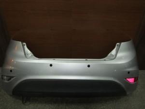 ford fiesta 09 13 piso profilaktiras asimi me parctronic 300x225 Ford Fiesta 2008 2017 πίσω προφυλακτήρας ασημί με parctronic