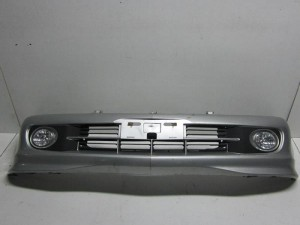 Daihatsu  YRV 2000-2005 προφυλακτήρας εμπρός ασημί