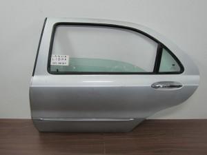 lancia lybra 4thiro piso aristeri porta asimi 300x225 Lancia Lybra 1998 2005 4θυρο πίσω αριστερή πόρτα ασημί