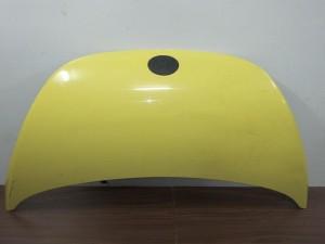 vw beetle 05 11 kapo empros kitrino 300x225 VW beetle 2005 2011 καπό εμπρός κίτρινο