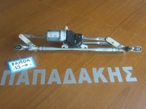 fiat panda 4x4 2012 moter ialokatharistiron empros 300x225 Fiat panda new 4x4 2012 2017 μοτέρ υαλοκαθαριστήρων εμπρός