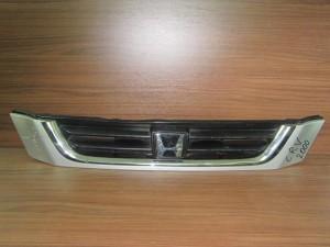 honda crv 1996 2002 maska empros asimi 300x225 Honda CRV 1996 2002 μάσκα εμπρός ασημί