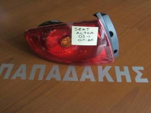 seat altea 2005 2014 piso aristero fanari 300x225 Seat Altea 2005 2015 πίσω αριστερό φανάρι