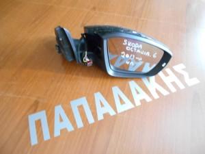 Skoda Octavia-6 2013--> ηλεκτρικός καθρέπτης δεξιός μαύρος