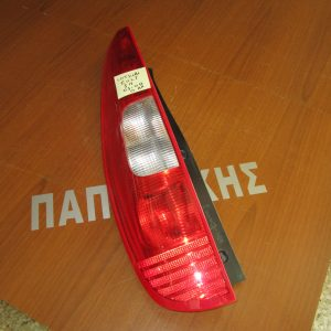 mitsubishi colt 2005 2008 5porto fanari piso aristero 300x300 Mitsubishi Colt 2004 2008 5πορτο φανάρι πίσω αριστερό